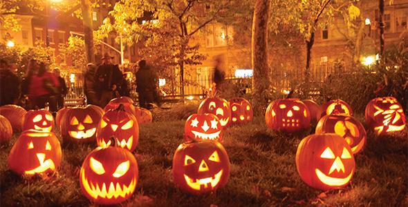Share Halloween Photo Frames Creator (iOS App)