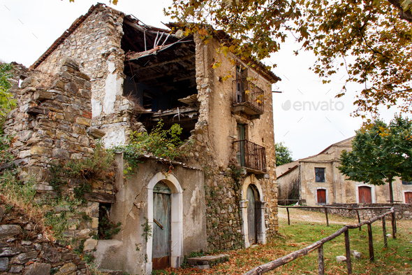 Roscigno Vecchio - Ghost town in Cilento - Stock Photo - Images