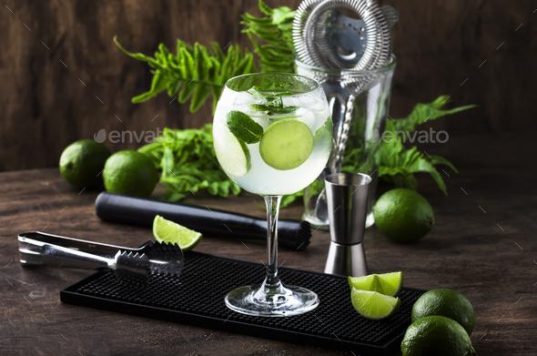 Martini royale alcoholic cocktail - Stock Photo - Images