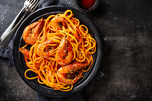 Pasta spaghetti with shrimps and sauce - Stock Photo - Images