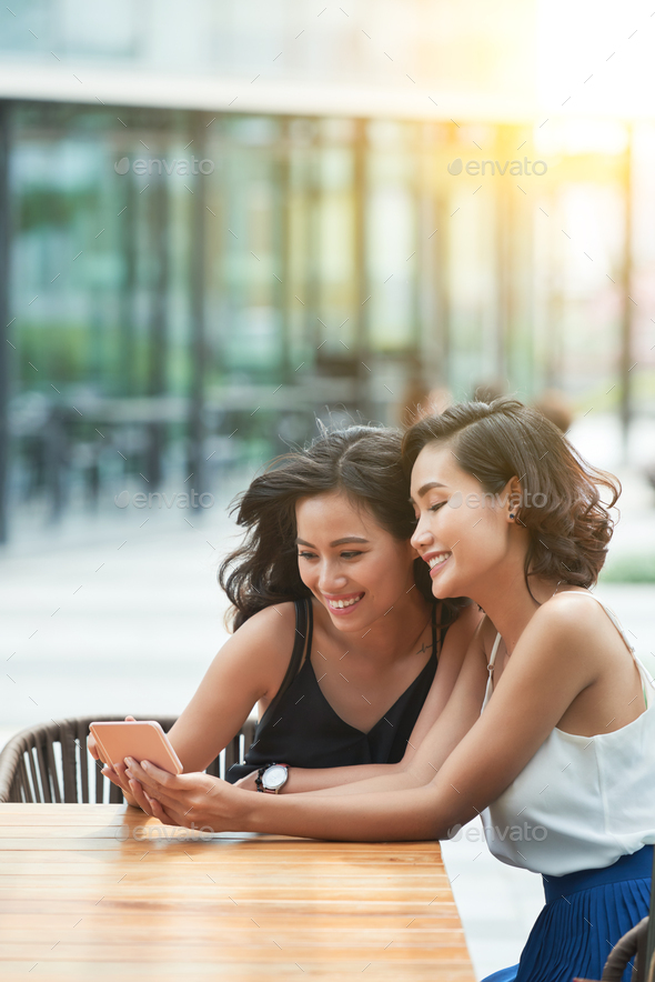 Girls with smartphone - Stock Photo - Images