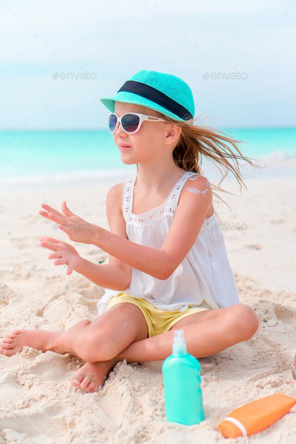little girl sun Dreamstime.com