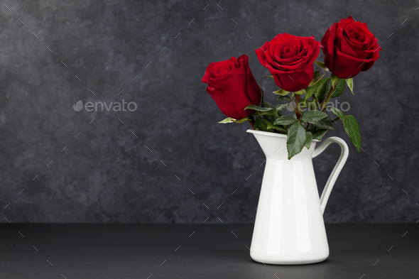 Valentines day card with rose flowers bouquet - Stock Photo - Images