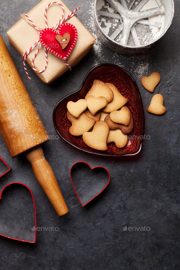 Valentines day card with heart gingerbread cookies - Stock Photo - Images