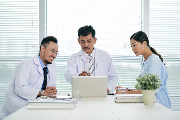 Meeting of medical personnel - Stock Photo - Images