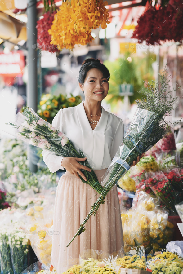 Buying bouquets - Stock Photo - Images