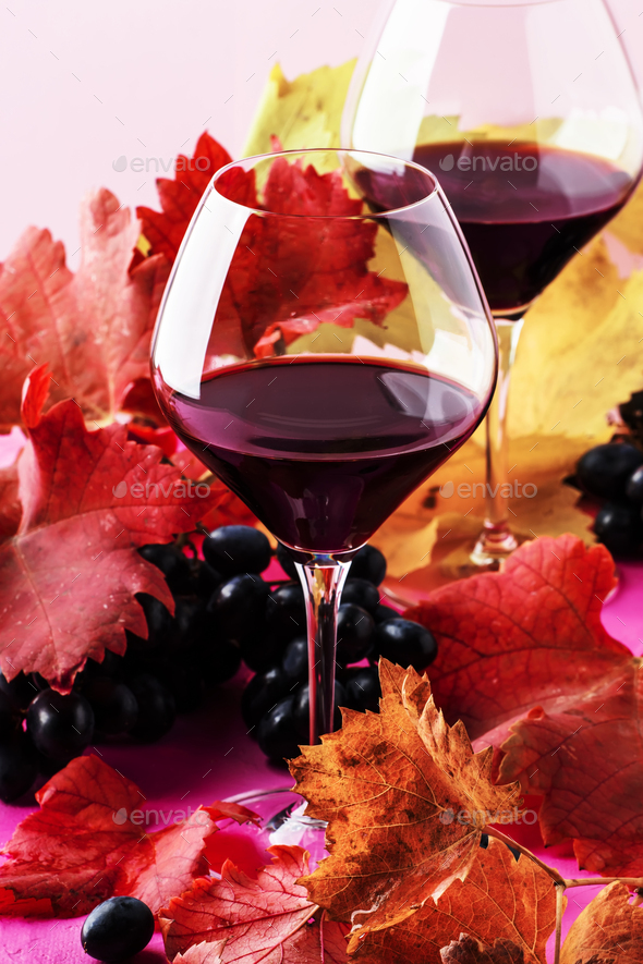 Sweet portuguese red wine in large glasses - Stock Photo - Images