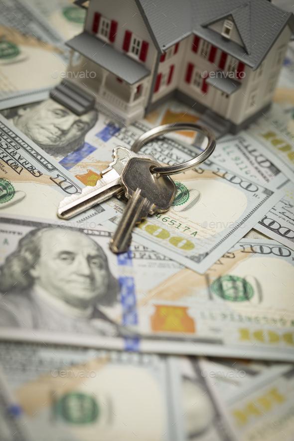 House and Keys on Newly Designed One Hundred Dollar Bills - Stock Photo - Images