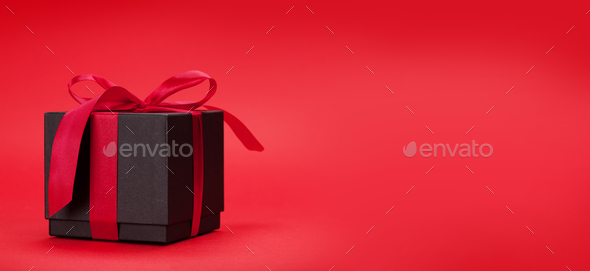 Valentines day greeting card with gift box - Stock Photo - Images