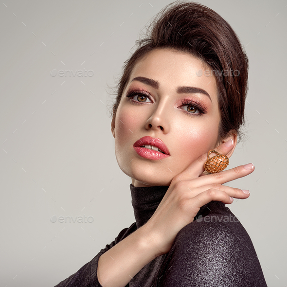 Beautiful young fashion woman with living coral lipstick. - Stock Photo - Images