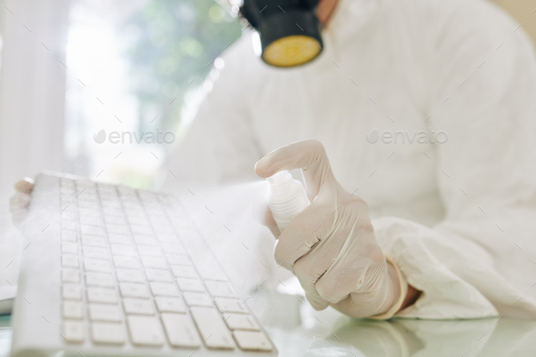 Keyboard deep cleaning - Stock Photo - Images