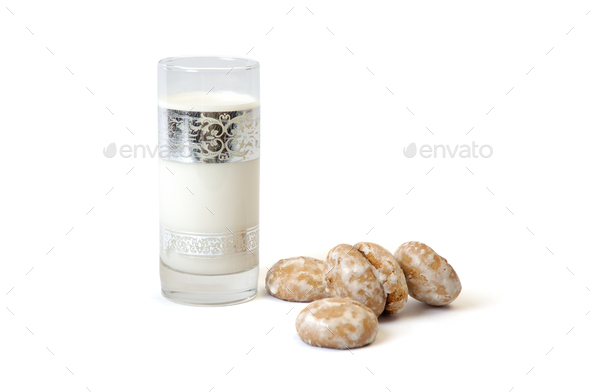 Milkin glass and spice cake - Stock Photo - Images