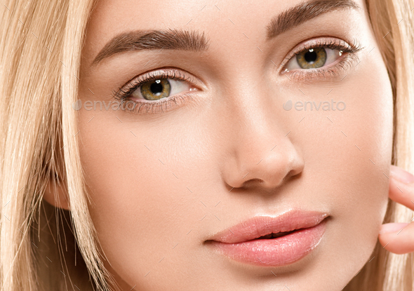 Face woman blonde hair naturalmake up tanned skin - Stock Photo - Images