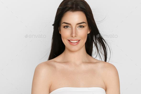 Beautyful skin care woman, beauty concept healthy face makeup, female model portrait. Spa model - Stock Photo - Images