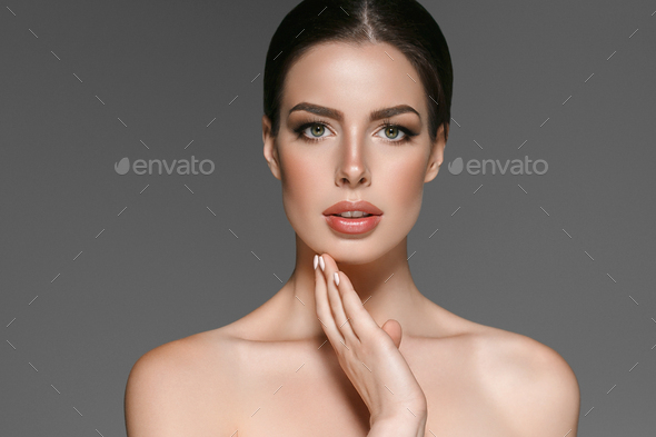 Beautyful skin care woman, beauty concept healthy face makeup, female model portrait. Spa model girl - Stock Photo - Images