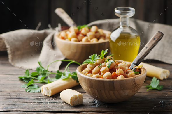 Vegeterian cooked chickpea with tomato and parsley - Stock Photo - Images