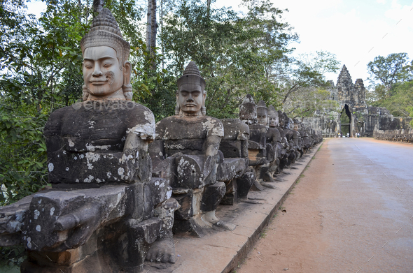 Ankor Wat, a 12th century historic Khmer temple and UNESCO world heritage site. Busts and statues of - Stock Photo - Images