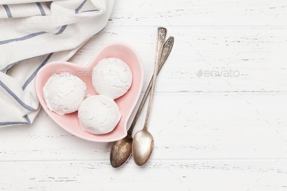 Vanilla ice cream scoops - Stock Photo - Images