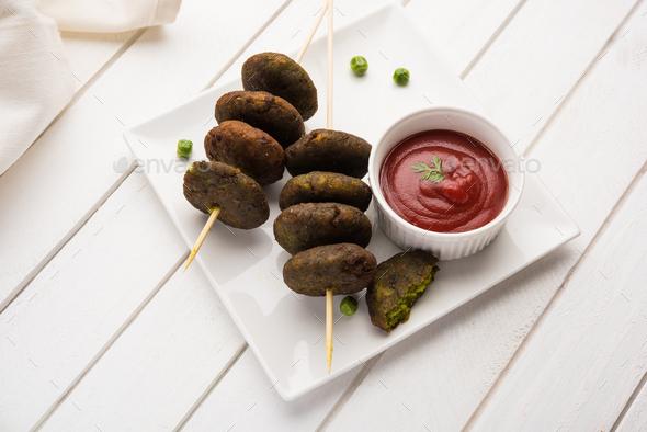 Hara Bhara Kabab / Green Peas Pakora - Stock Photo - Images