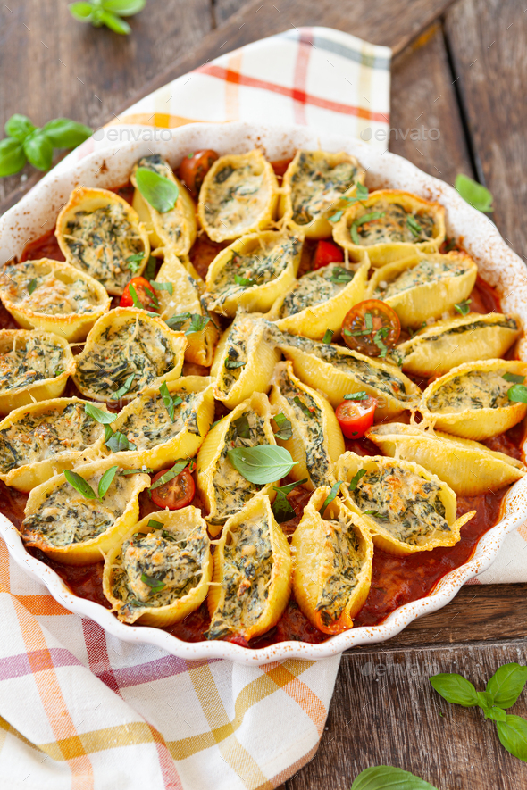 Shell pasta in tomato sauce - Stock Photo - Images