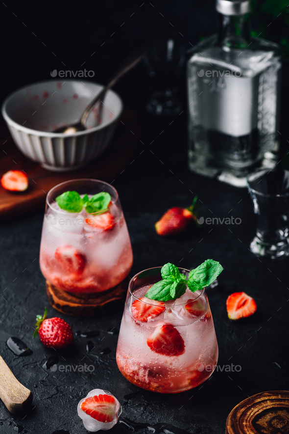Cocktails with strawberry, gin and tonic - Stock Photo - Images