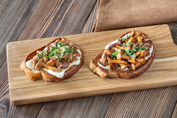 Sandwiches with fried chanterelles - Stock Photo - Images