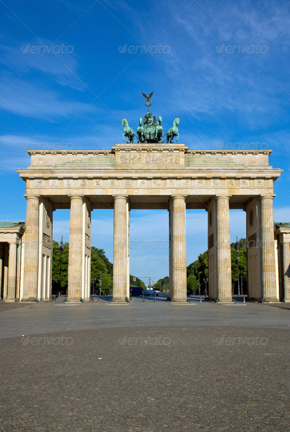The famous Brandenburger Tor  - Stock Photo - Images