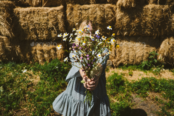 Cottagecore, Countryside aesthetics, Farming, Farmcore, Countrycore, slow life. Young girl in - Stock Photo - Images