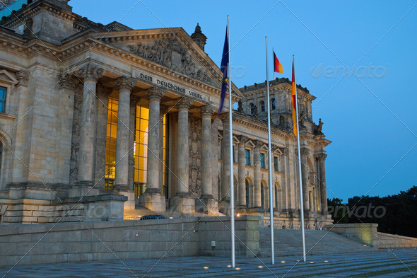 The Reichstag in Berlin at dawn - Stock Photo - Images