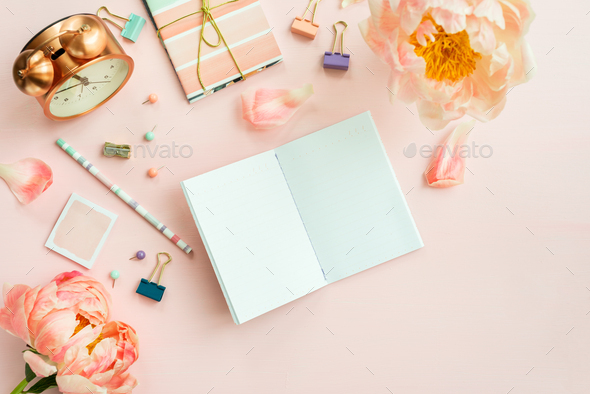 Empty Notebook for writing Dreams and Ideas, with different Stat - Stock Photo - Images