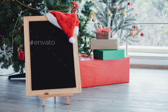Blackboard for putting text decorated with Christmas themes. - Stock Photo - Images