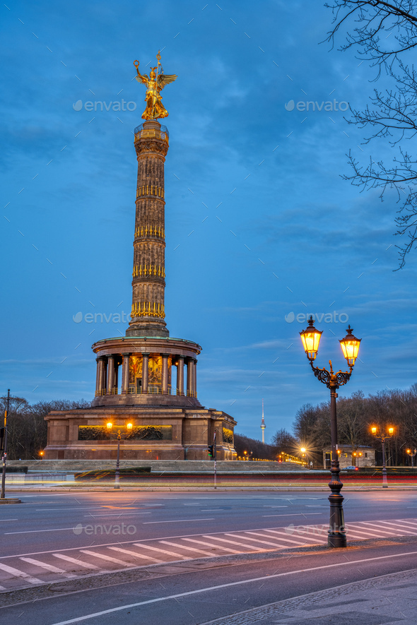 The famous Victory Column in Berlin at dusk - Stock Photo - Images