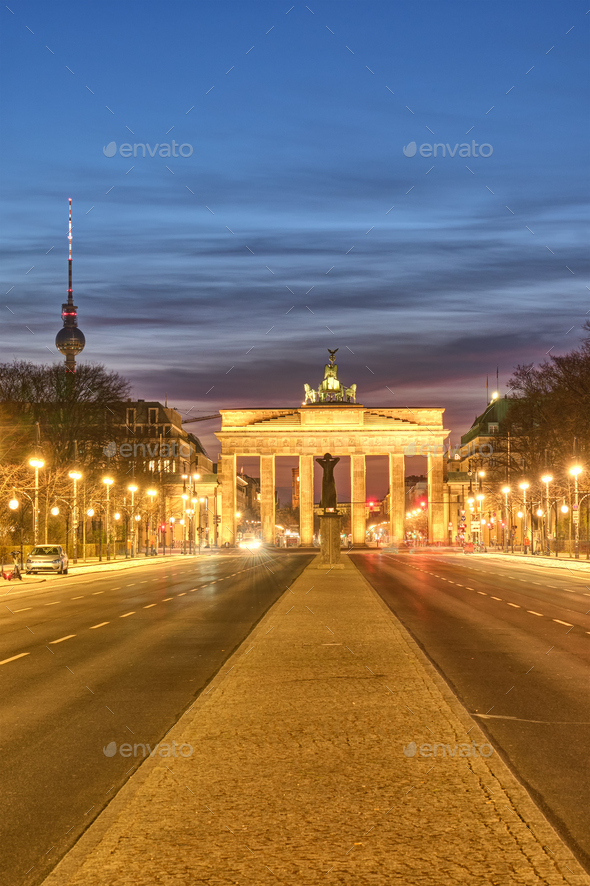 The famous Brandenburger Tor in Berlin at twilight - Stock Photo - Images