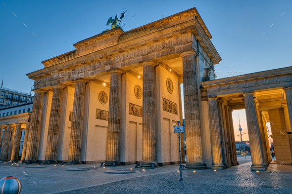 The back side of the famous Brandenburg Gate in Berlin before sunrise - Stock Photo - Images