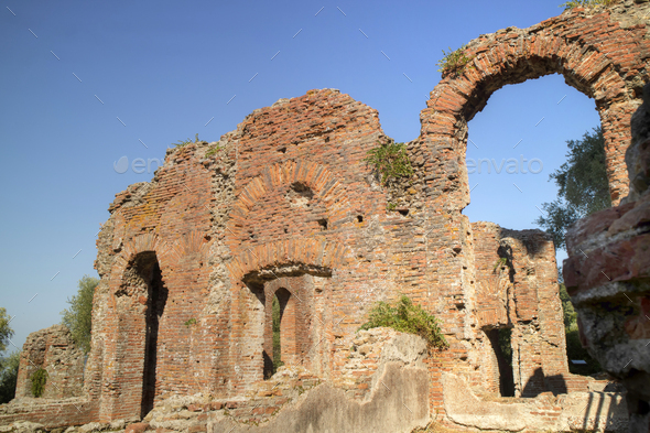 Remains of a house dating back to the Roman Empire - Stock Photo - Images