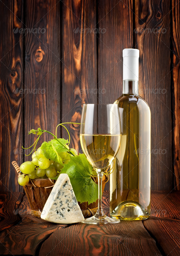 White wine with grapes and blue cheese - Stock Photo - Images