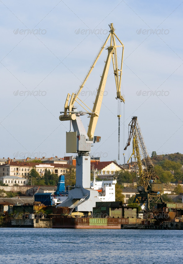 Harbour crane. - Stock Photo - Images