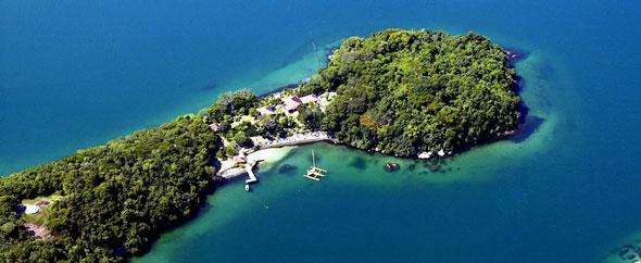 Brazil private island3
