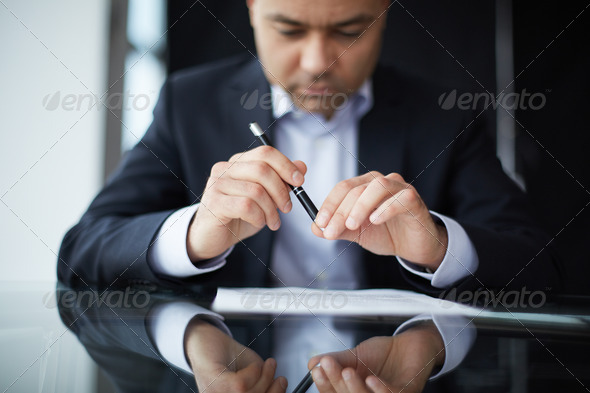Reading contract - Stock Photo - Images