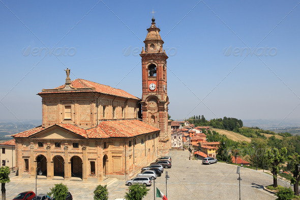 View on church in Diano D'Alba, Italy. - Stock Photo - Images