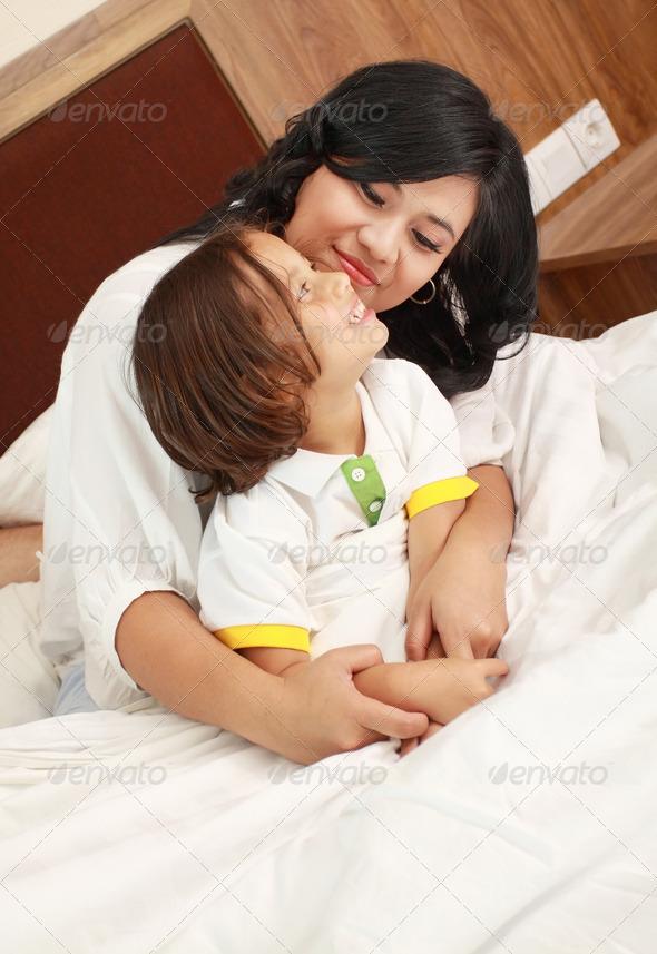 мама и сын инцует