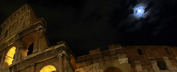 Roman.coliseum.and.full.moon
