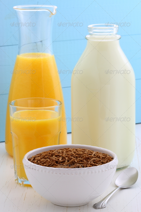 Delicious bran cereal breakfast - Stock Photo - Images