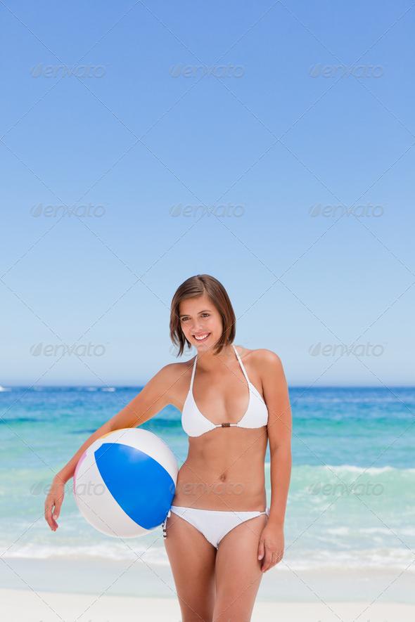 с девушки снимают купальник фото