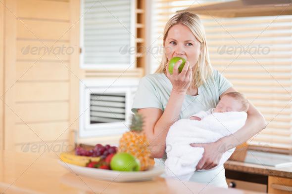 Диета для кормящих женщин