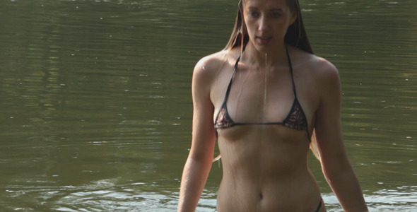 Laura Croft Is Ready To Explore And Finger Her Pussy!