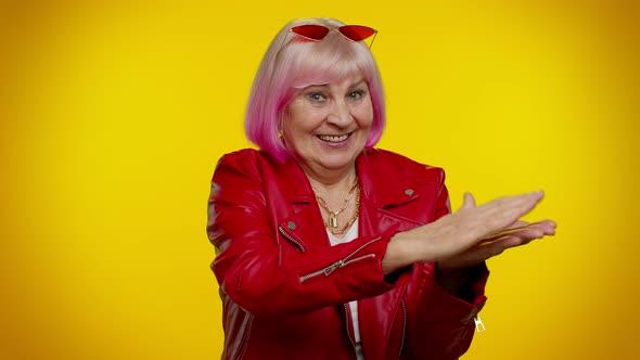 Granny com www mature Granny